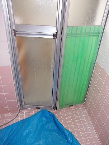 ■サンワ浴室折戸■ (三和シャッター工業製)
