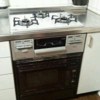 オーブン接続キットを使って新しいビルトインコンロ(マイトーンシリーズのRS31W13K12R)を組み込み