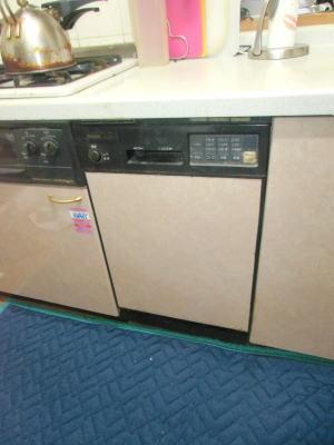 既設:リンナイ製のビルトイン食洗機RKW-450(A)(フロントオープンタイプ)