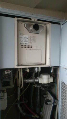 ノーリツ製暖房ふろ給湯器FK4202ARS-4-AW3Q(扉内設置2温度タイプ、熱動弁3個内臓)