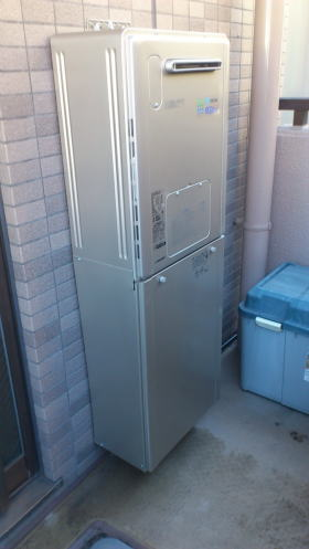 取替完了:リンナイ暖房給湯器HT4216KRSAWCM(エコジョーズタイプ)(1温度)