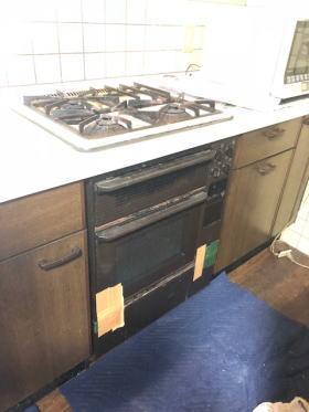 既設:ナショナル製のオーブン一体型ビルトインコンロSE17ES4(NE-BB88-A)