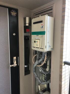 ▼PS扉内後方排気型は基本的に受注生産なので完全に壊れている時はまず貸出用の給湯器を仮設させていただきます。(無料)