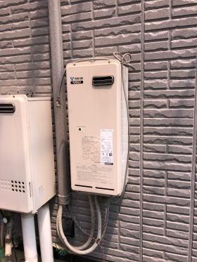 既設の暖房専用熱源機も10年以上ご使用のためいっしょに交換しました