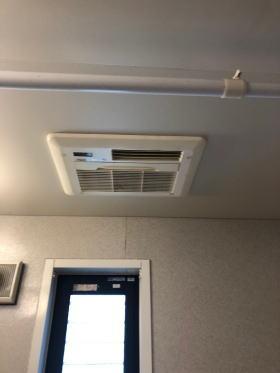 既設:リンナイ製浴室暖房乾燥機RBH-C301K1SND(天井埋め込み式)