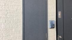 扉を閉めたところパーパス製TP-SQ160R-1(壁組み込み型)→パーパス製後継機種:GS-1600C-1(BL)
