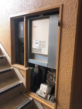 既設:ノーリツ製GQ-1637WS-TB PS設置後方排気型(エントツの点検スペースなし)